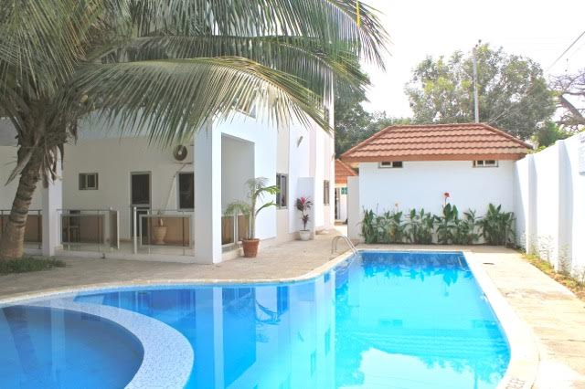 gambia-swimming-pool